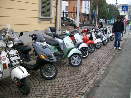 Motori e sapori 2010 for Vespa club volta mantovana
