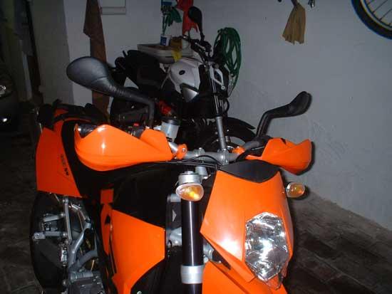 Prime modifiche al ktm 950 sm for Aggiunta in cima al garage